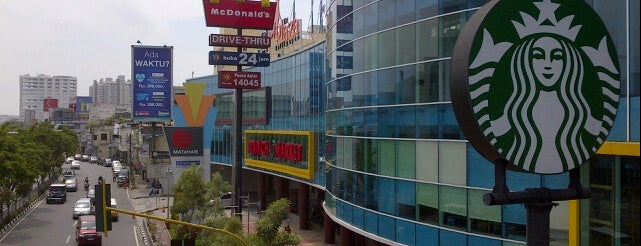The Plaza Balikpapan is one of BALIKPAPAN.