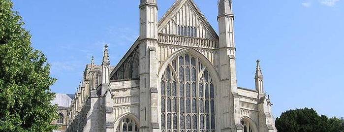 Winchester Cathedral is one of Immersed English Activities.