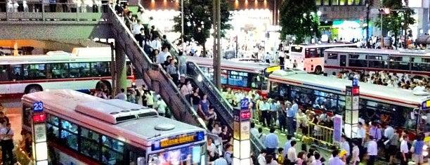 渋谷駅西口 バスターミナル is one of 豆知識.