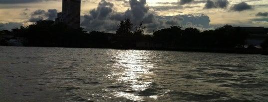 แม่น้ำเจ้าพระยา (Chao Phraya River) is one of M-TH-18.