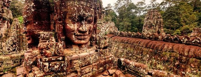 Angkor Wat (អង្គរវត្ត) is one of Siem Reap Sep2012.