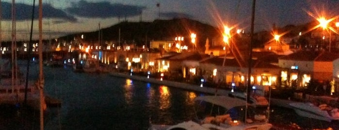 Çeşme Marina is one of BURSASPOR 4sq.