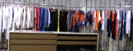 ENSAYAR Women's Store is one of Athens.