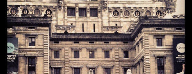 Garnier Opera is one of A night in Paris.