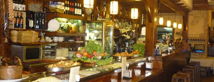 Taverna del Racó del Plà is one of los mejores sitios para comer en Alicante.