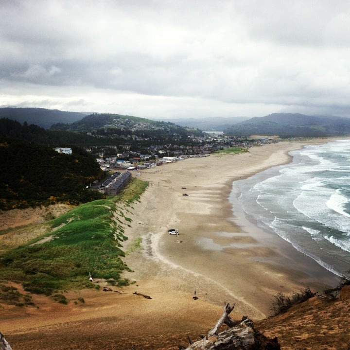 Pacific City Beach House Rentals: Pacific City Giant Sand Dune At Pacific City, OR
