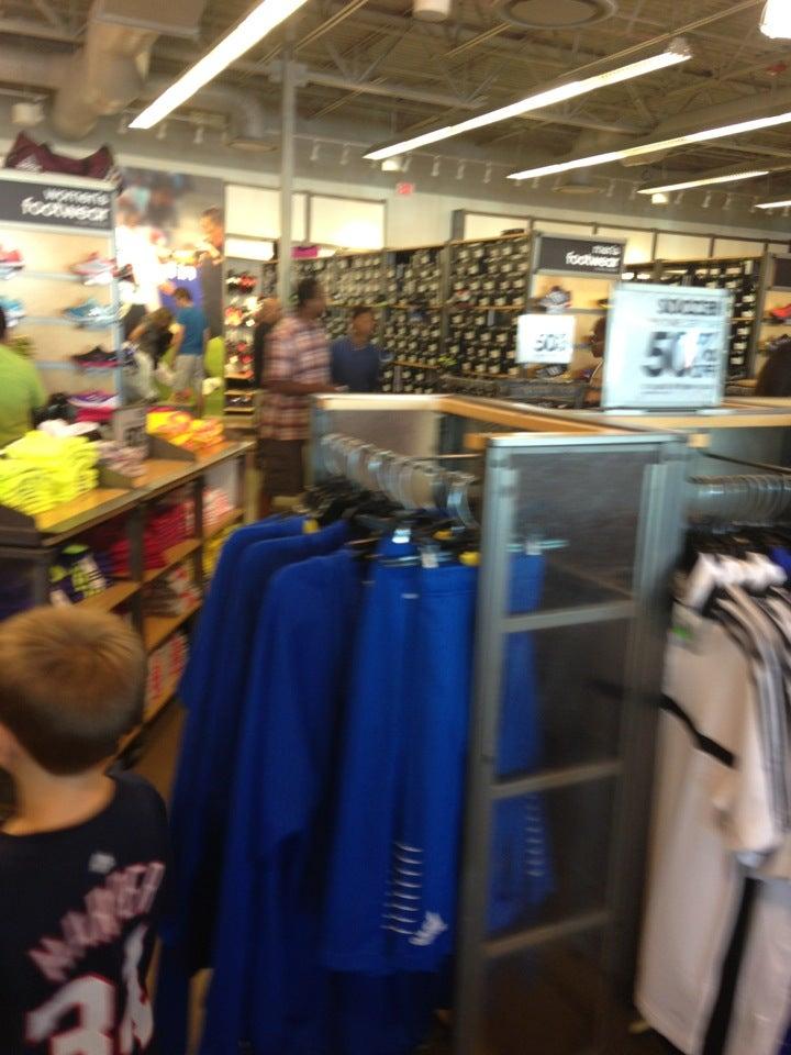 adidas outlet store in kenosha wisconsin