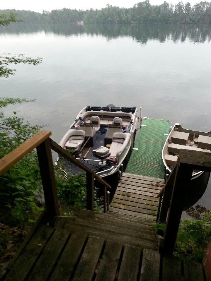 lake tomahawk mature singles Mature north wood trees, views of the river, from 166 to 230 acres some with 200 plus feet of frontage beautiful serenity, lots of wildlife, good location & close to all of eagle river amenities good fishing, canoeing, dead end paved road.