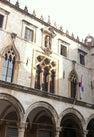 Palača Sponza ...