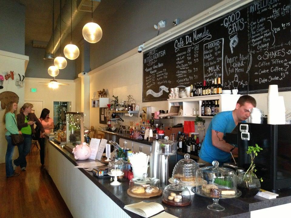 Cafe Tommy Visalia Ca