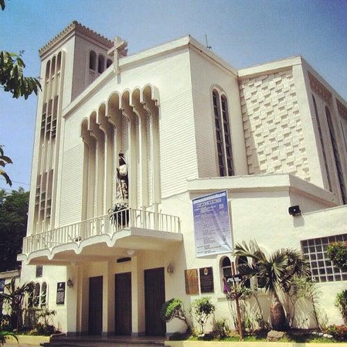 Nuestra Señora De Guia Church