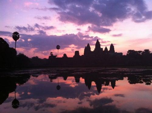 Angkor Wat Temple (អង្គរវត្ត)