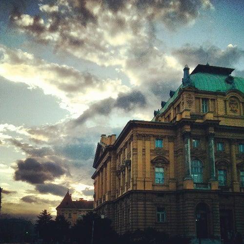Hrvatsko narodno kazalište u Zagrebu (HNK)