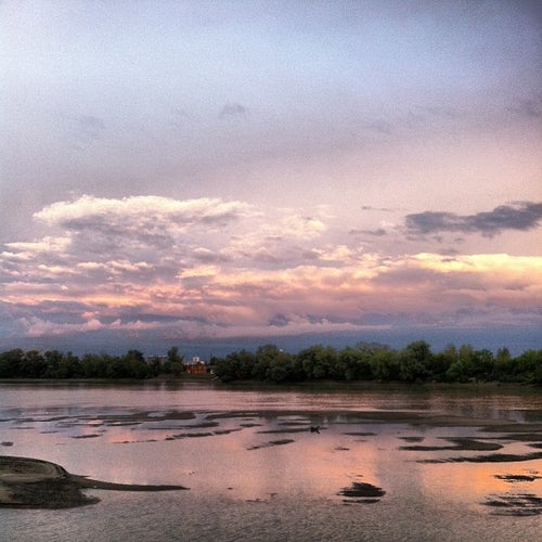 Набережная реки Кубань (затон)
