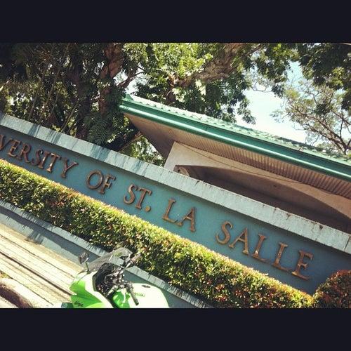 University of St. La Salle