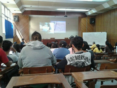 Gedung F Universitas Kristen Satya Wacana