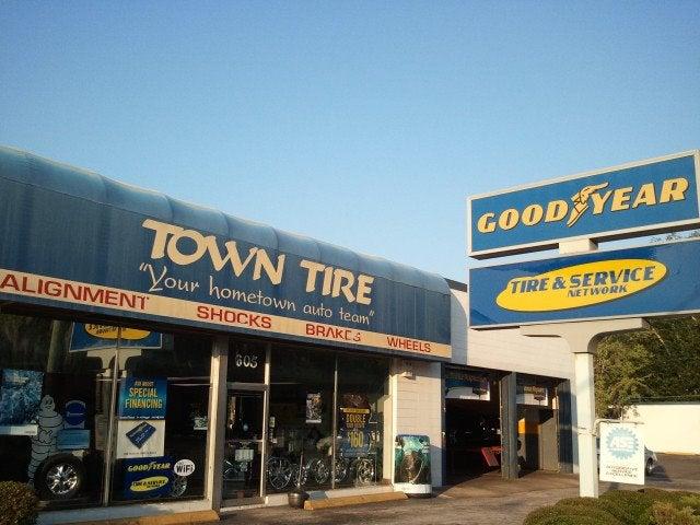 Town Tire Auto Service Center - College Road - 2355 SW College Rd Ocala FL 34471