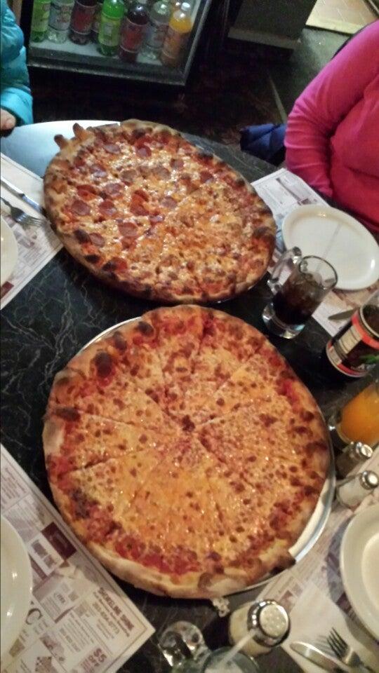 Mike's Apizza & Restaurant,