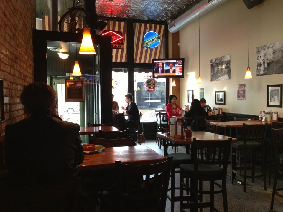 Maxwell's American Cafe