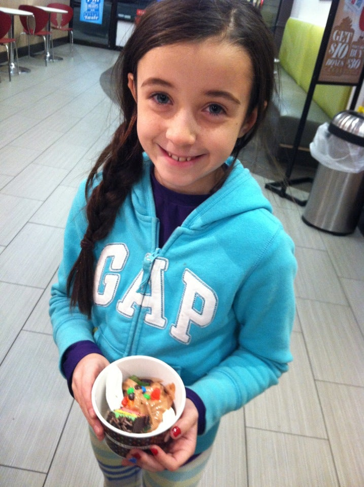 Red Mango,frozen yogurt,iced teas,parfaits,smoothies