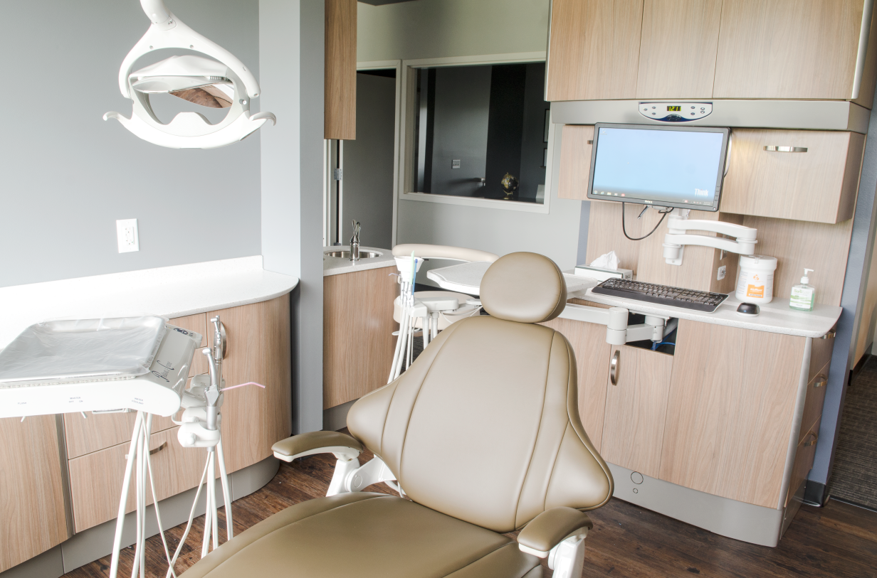 The Woods Family & Cosmetic Dentistry,