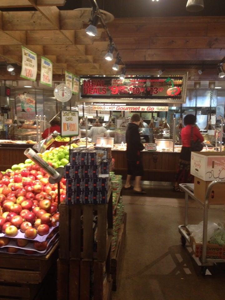 Randazzo Fresh Market,grocery