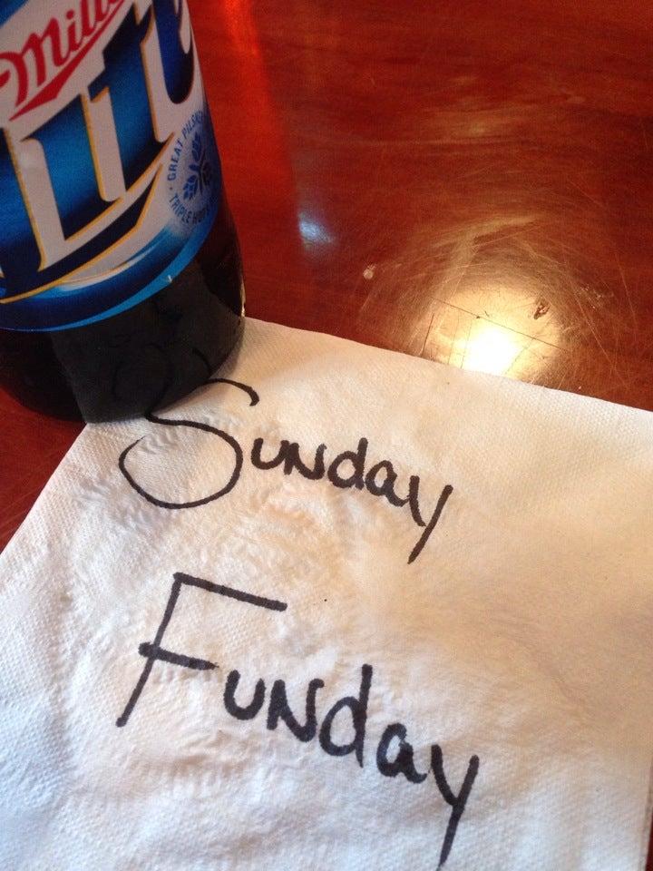 HOOTERS,bar,beer,bikini contest,boobies,chicken,happy hour,hot wings,hula hoop,restaurant,soul food,wings