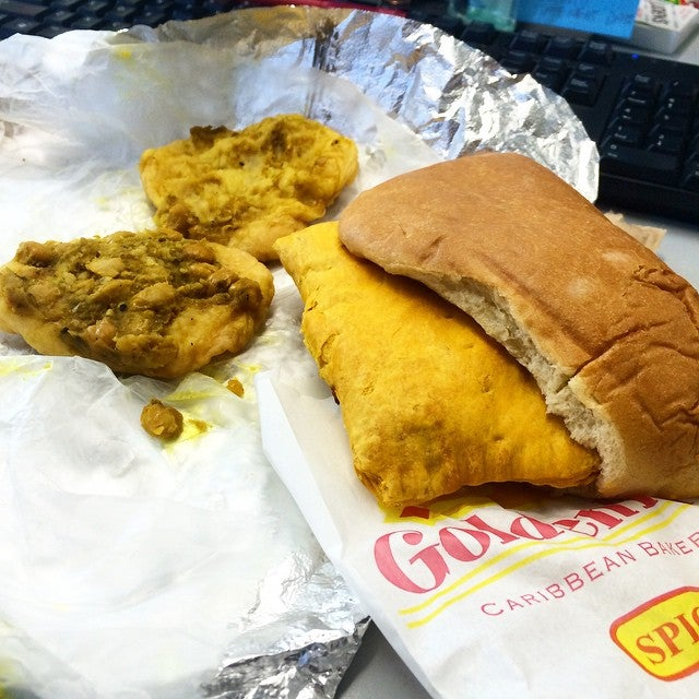 GOLDEN KRUST,