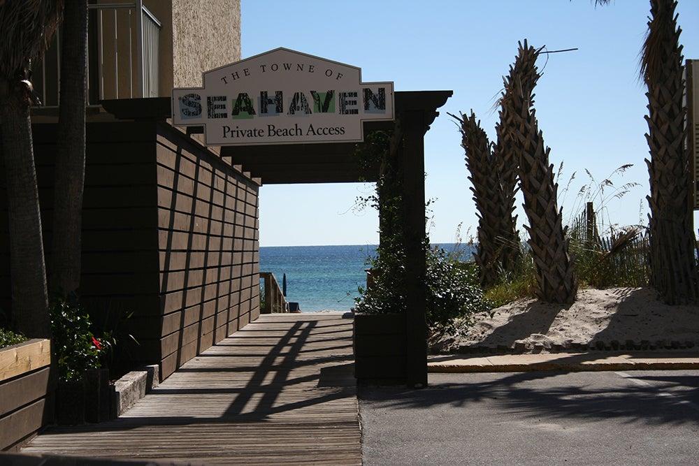 SEAHAVEN BEACH HOTEL,