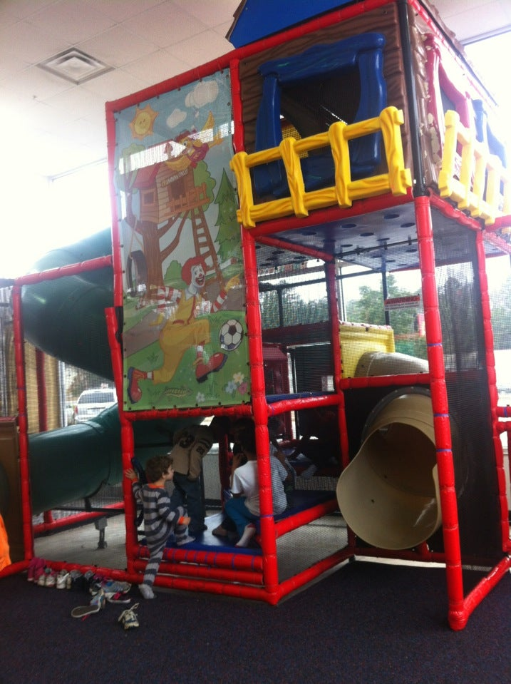 MCDONALD'S,family restroom @ playground,free wi-fi,indoor playground,laptop plugs