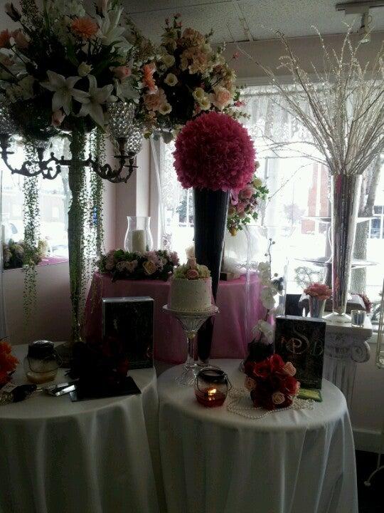 Silk Thumb Florist,
