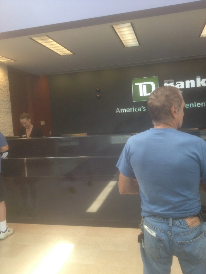 TD Bank,bank,checking accounts,credit cards,financial advice,insurance,loans,mortgages