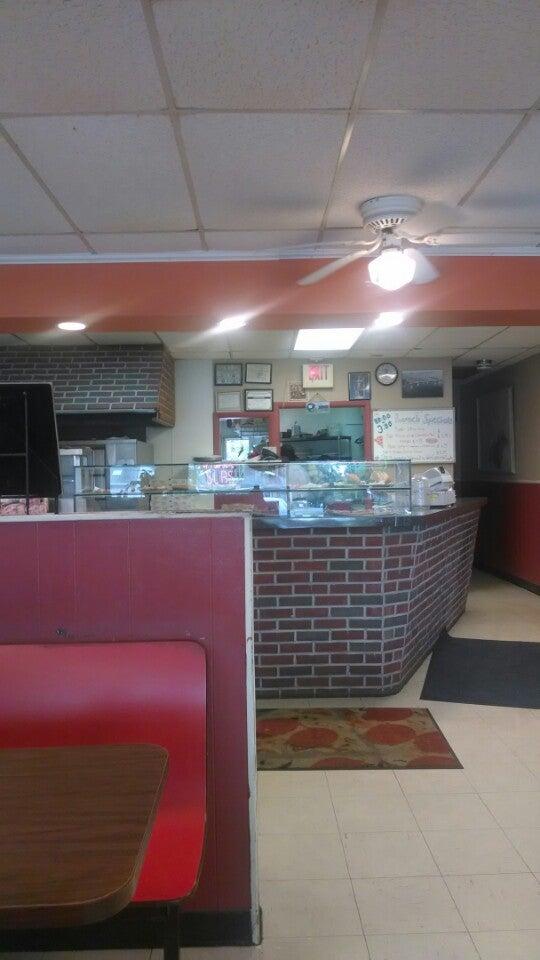 Sal's Pizza Italian Restaurant,