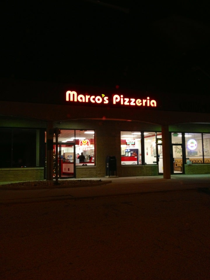 Marco's Pizza,lunch specials 11am-2pm