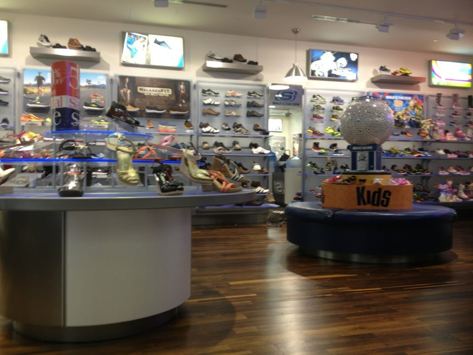 SKECHERS Retail,boots,sandals,shoes,sneakers