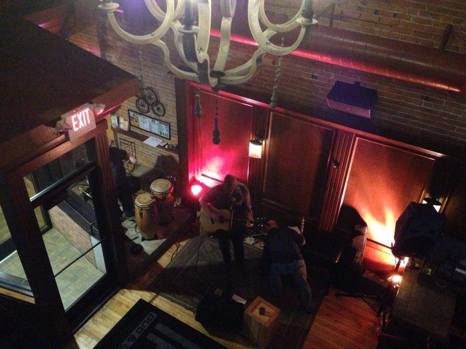 Fox Heights Pub & Grill,