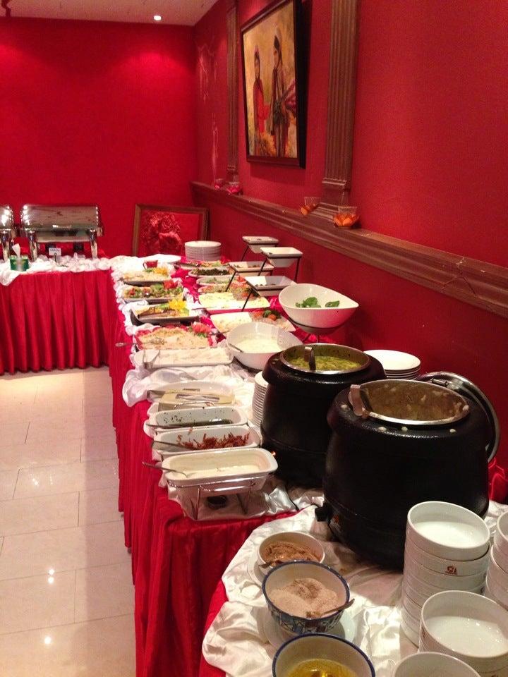Abshar iranian restaurant jumeirah jumeirah dubai for Ahmad s persian cuisine