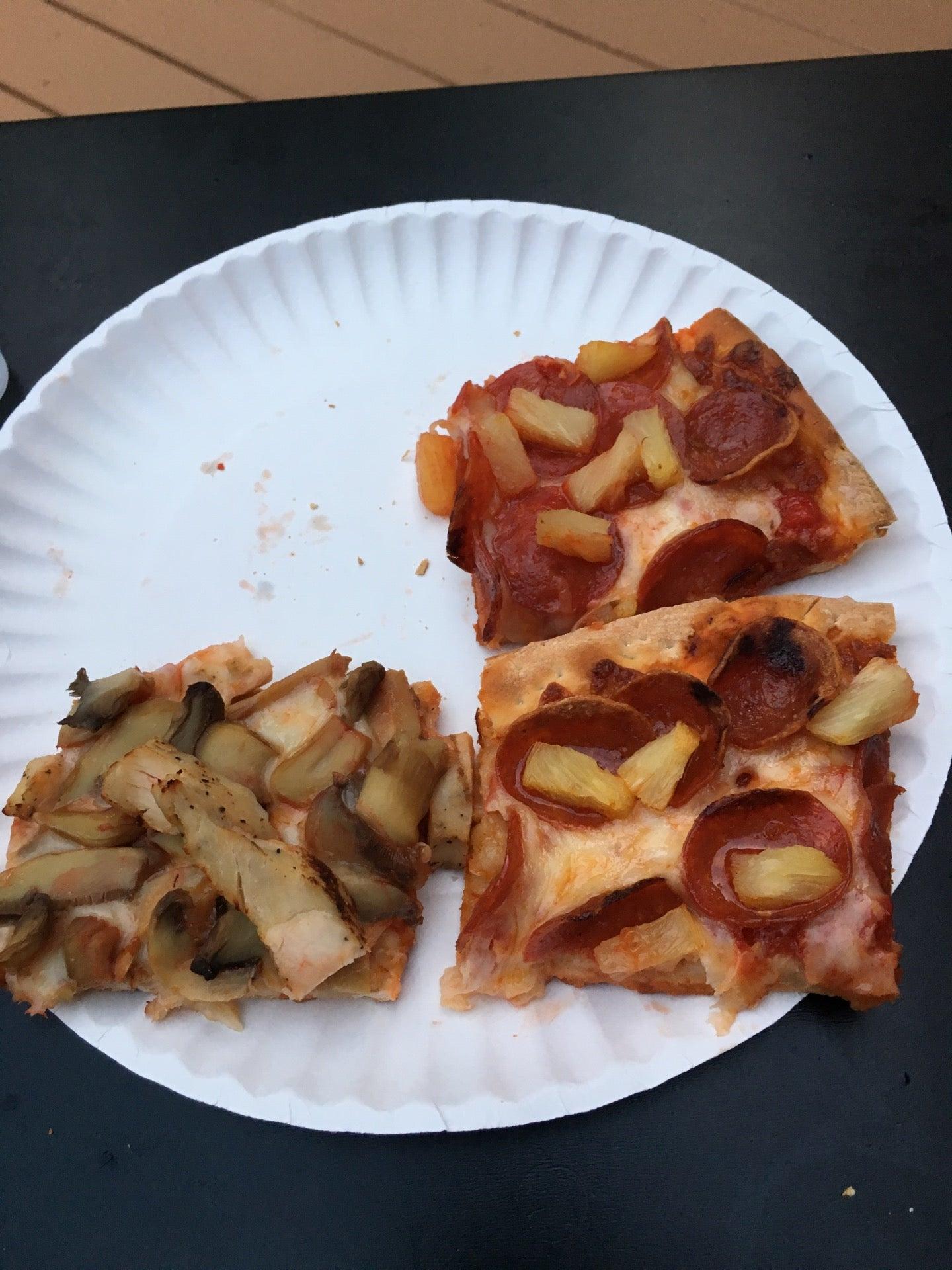 Ange's Pizza,