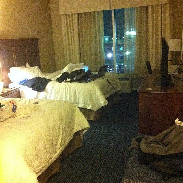 Hampton Inn & Suites,