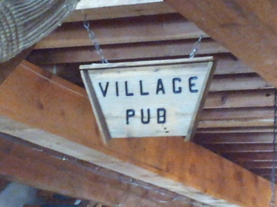 Village Pub Bar Grill & Pizza,