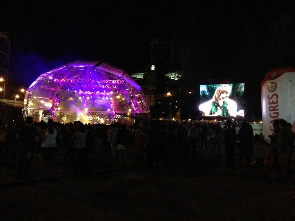 Praça da Canção
