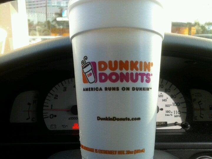 Dunkin' Donuts,breakfast,coffee,donut shop,donuts,hialeah,iced coffee,pastries,treats
