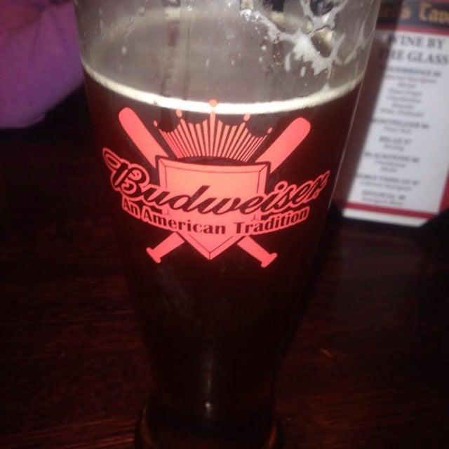 Red's Tavern,