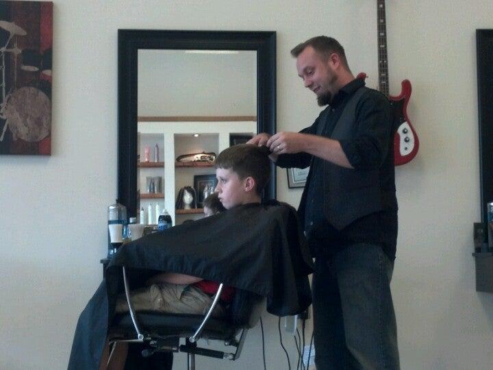 Revolution Barber & Style,