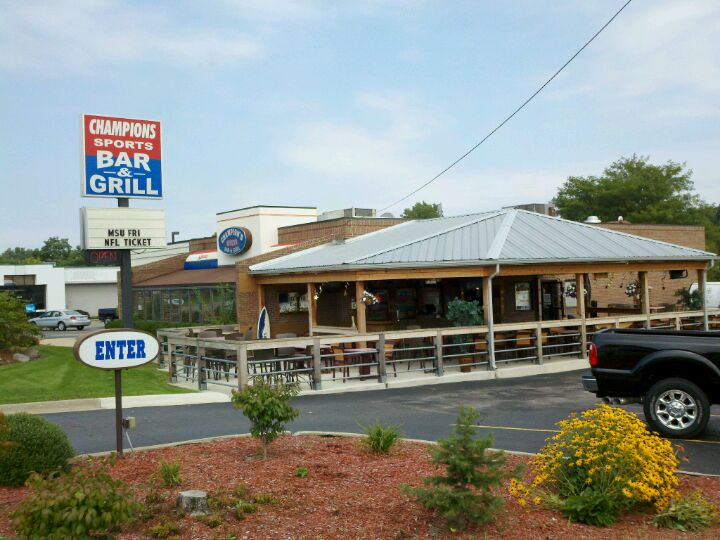 Champion Sports Bar and Grill,buzztime trivia,keno,patio,pool table