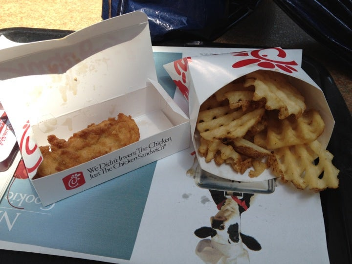 CHICK-FIL-A,chicken catering,chicken sandwich,family friendly