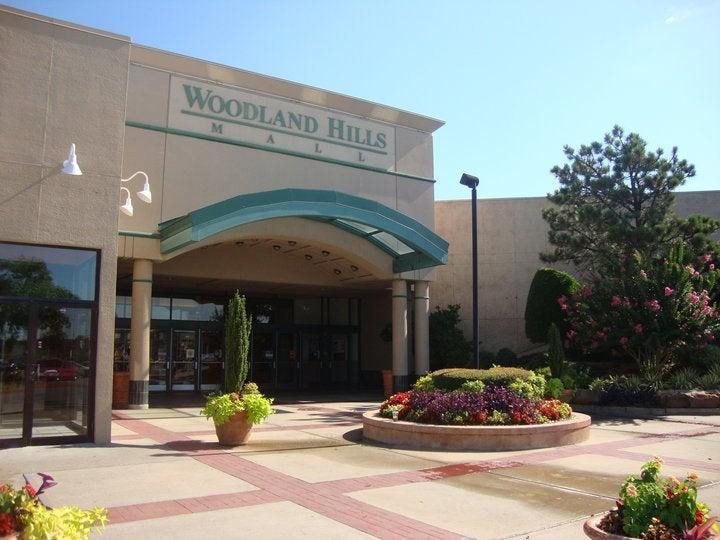 Woodland Hills Mall