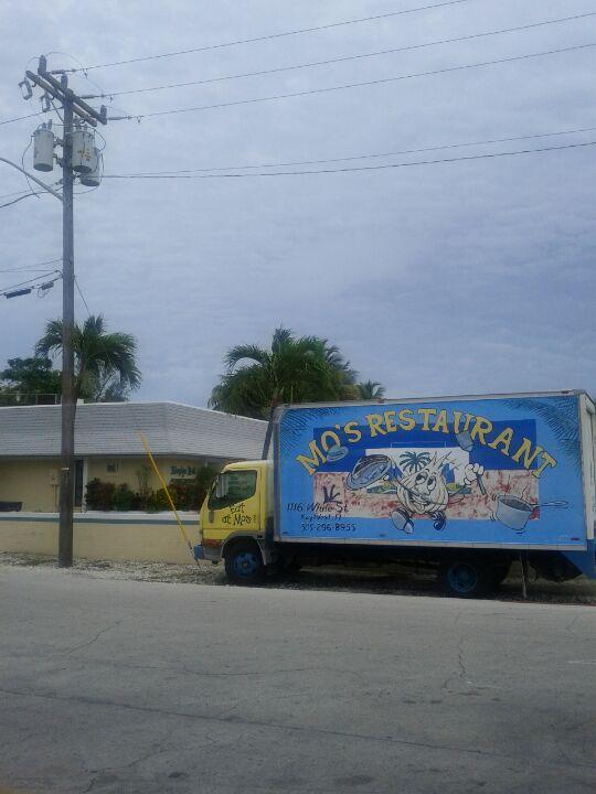 Faustos Food Palace,