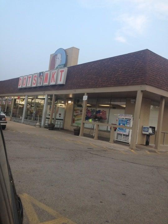 Dot's Supermarket,butcher,deli,grocery