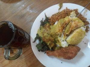 dari Rumah Makan Murah Meriah (Yogyakarta Tengah) di Yogyakarta Tengah  Yogyakarta